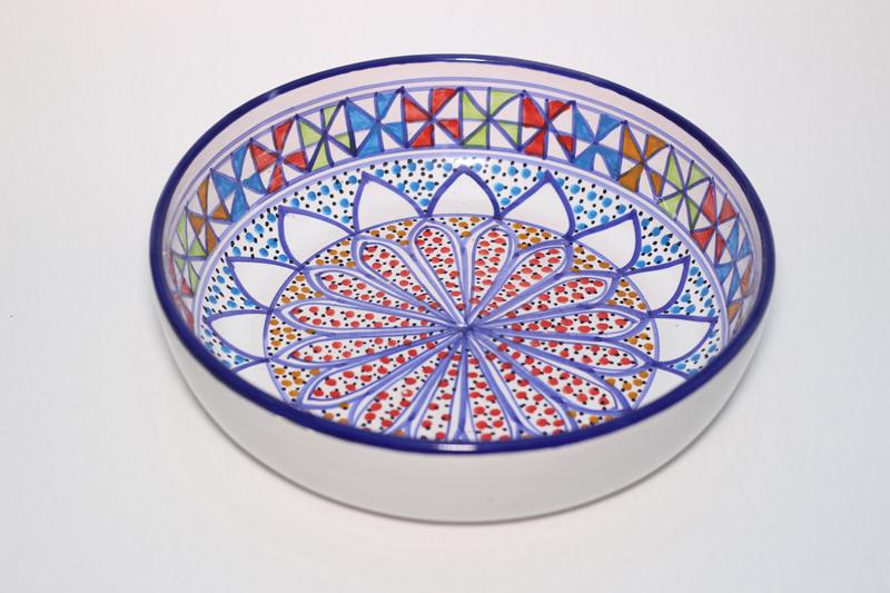 Assiette creuse en céramique émaillée, taille moyenne